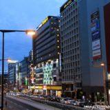 ドン・キホーテあべの天王寺駅前店の夜間照明はLED照明によるアニメーション表示が可能。密かに美しくてビックリ!