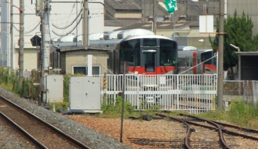 出場直前!ついに姿を現した広島向けの新型車両227系の様子