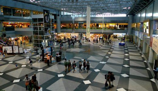 新千歳空港ターミナルビルに登場した雪ミク スカイタウンなど