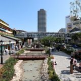 神戸ハーバーランドのモザイクの「運河通り」が「せせらぎ通り」としてリニューアル。水辺でくつろげる空間に大変身!