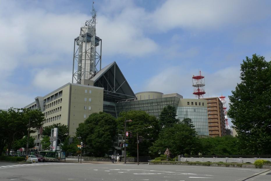 富山市役所   Re-urbanization -...