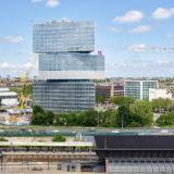 「Nhow Amsterdam RAI Hotel」3つの三角形を重ねた高層ビルがアムステルダムに誕生!