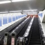 本町駅の御堂筋線と中央線を結ぶ3連エスカレーターに大規模デジタルサイネージが設置される!?