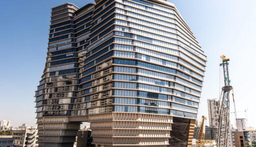 Ron Aradがテルアビブに「氷山にインスパイアされた」ToHAオフィスタワーを完成