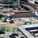 三宮ターミナルビル解体工事の状況 21.04 期間限定のアウトドアホール 「ストリートテーブル三ノ宮」が開業!