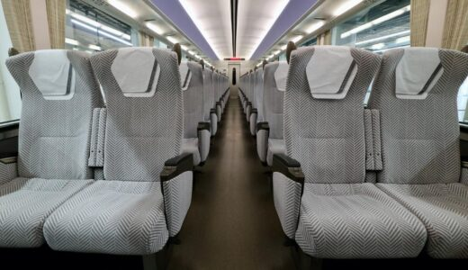 近鉄22600系電車-Ace(エース)プチ・リニューアル車が登場!シートモケットをシルバーグレーに変更